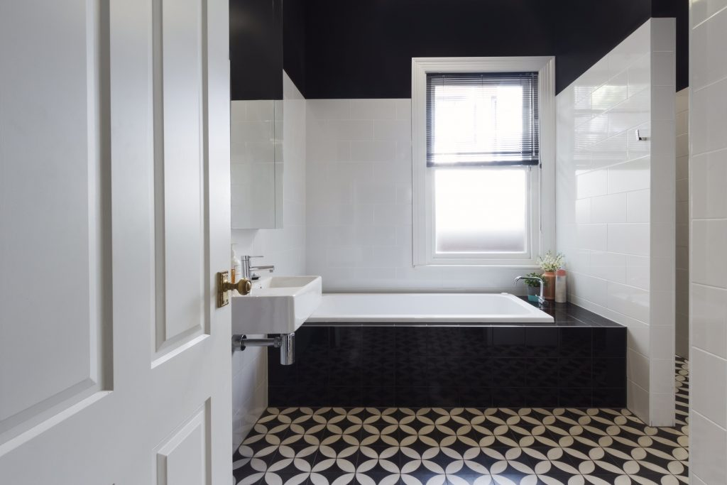black and white traditional bathroom